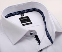Koszula Olymp Modern Fit – biała z wyszytym wzorem, niebieską wewnętrzną stójką i plisą - extra długi rękaw