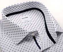 Koszula Olymp Comfort Fit – biała z czerwono-niebieskim wzorem sześciokąta z wewnętrznym mankietem