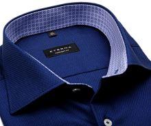 Koszula Eterna Comfort Fit – ciemnoniebieska o strukturze z niebiesko-białą wewnętrzną stójką