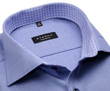 Koszula Eterna Comfort Fit – niebieska o delikatnej strukturze z niebiesko-białą wewnętrzną stójką