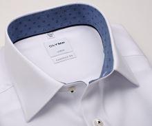 Koszula Olymp Comfort Fit – biała z delikatną strukturą i niebieską wewnętrzną stójką